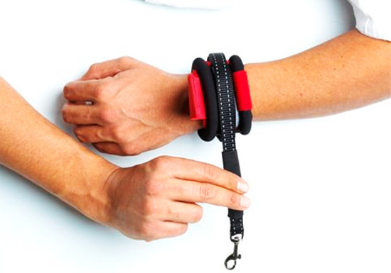 Merveilleux PatentoPet Hands Free Wrap Wrist. Wraps For Storage
